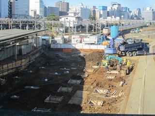 品川駅10番ホーム移設工事(10/11/03)