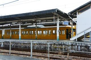 糸崎駅出発待ち電車2