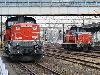 JR四日市駅に停まる車両3