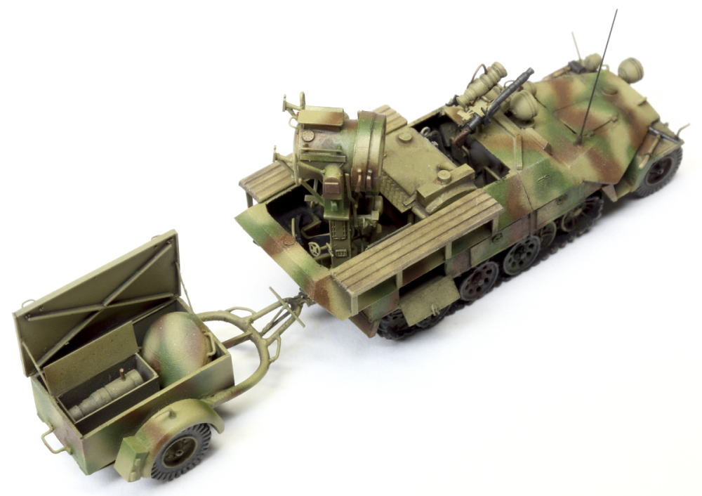 Sd kfz 251 20 ausf d uhu